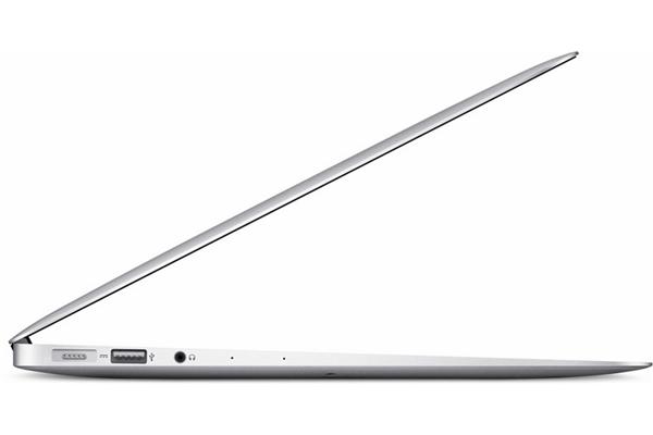 Apple_MacBook_Air_13_1_6_GHz_8_GB_128_GB_SSDHD_6000___nowy_model__5__zbtq_rv.jpg